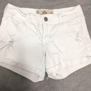 Hollister shorts size 26w
